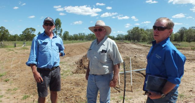 NSW and SA farmers visit Darling Downs to see for themselves how CSG works